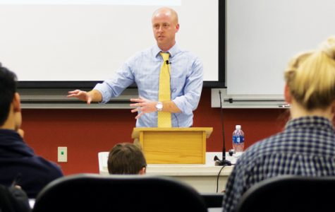 Lecturer Morris addresses media's role in justice and forgiveness