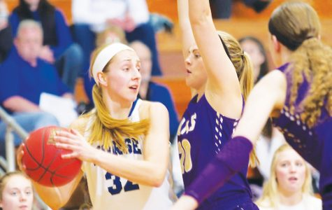 Women's Basketball advances to IIAC Championship finals