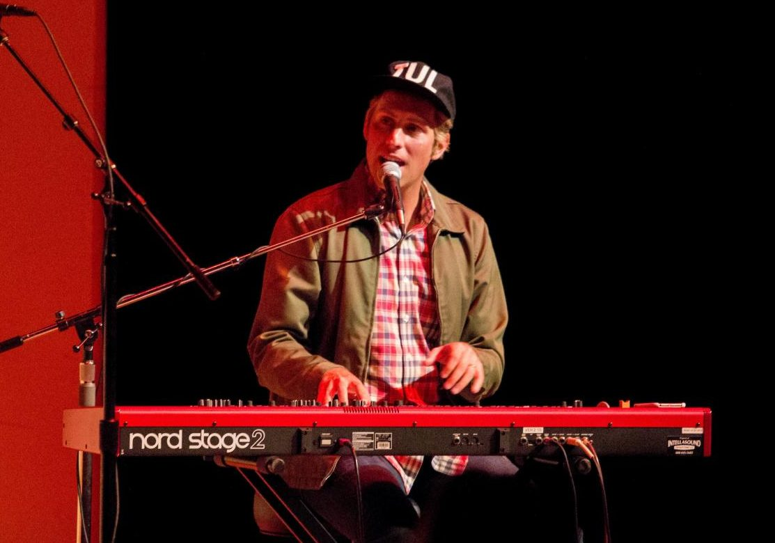 Ben Rector performs his acoustic style in the Center for Faith and Life.
