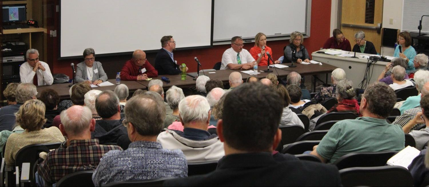 Local candidates Decorah Public Library Lorraine Borowski ('70), current Mayor Pro-Tempore At-Large City Councilman Gary Rustad Ross Hadley ('95), Brett Robinson Johanna Bergan ('09) Shirley Vermace Randy Schissel and Cindy Albers Jeff Tomlinson answer questions during the forum held on Oct. 5.