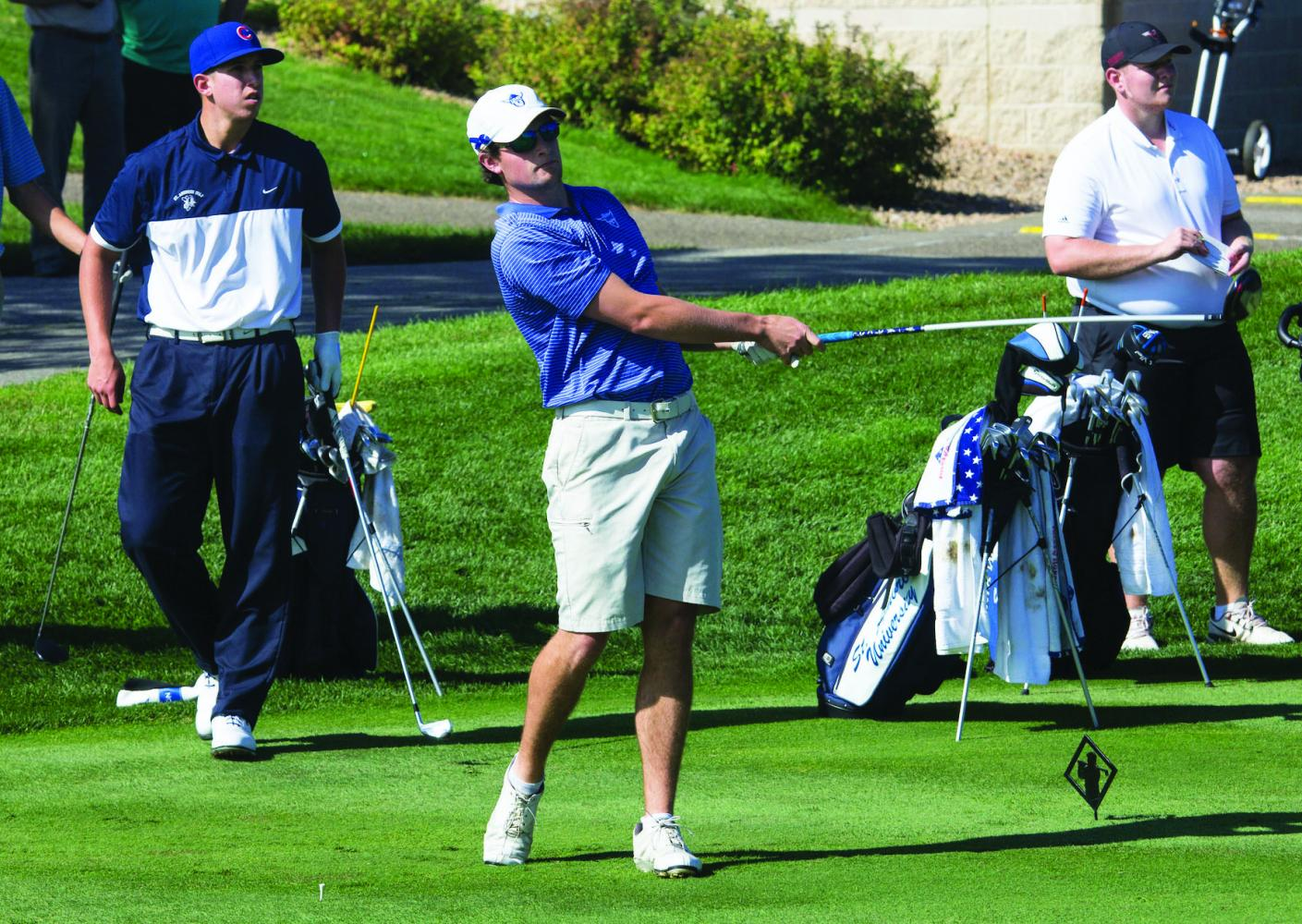 Johnpeter Knutson ('20) drives the ball at the Ronnie Eastman Invite, last year.