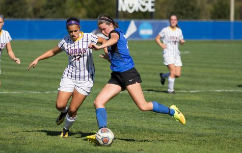 Men's and women's soccer pick up first conference losses