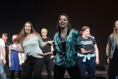 """Cast members """"rock"""" out in 1440-Minute Musical"""