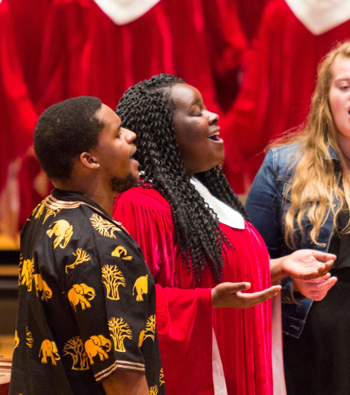 Gospel musician Moses Maina and Gospel Choir member Janet Irankunda ('19) sing during Gospel Sunday.