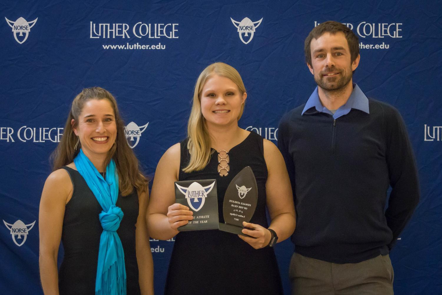 Anna Strien ('18) won 2017 Female Athlete of the year at the 2018 Norse Awards. Steve Pasche and Yarrow Pasche presented the award.