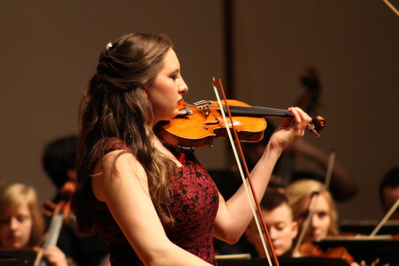 """Winner of the Concerto Competition Elizabeth Shoemaker ('18) solos in Julius Conus's """"Concerto for Violin E minor."""""""