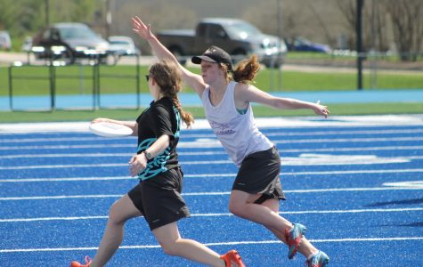 Frisbee teams host annual showcase on Legacy Field
