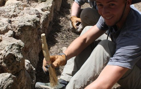 Davis leads archaeological digs in Israel, Greece