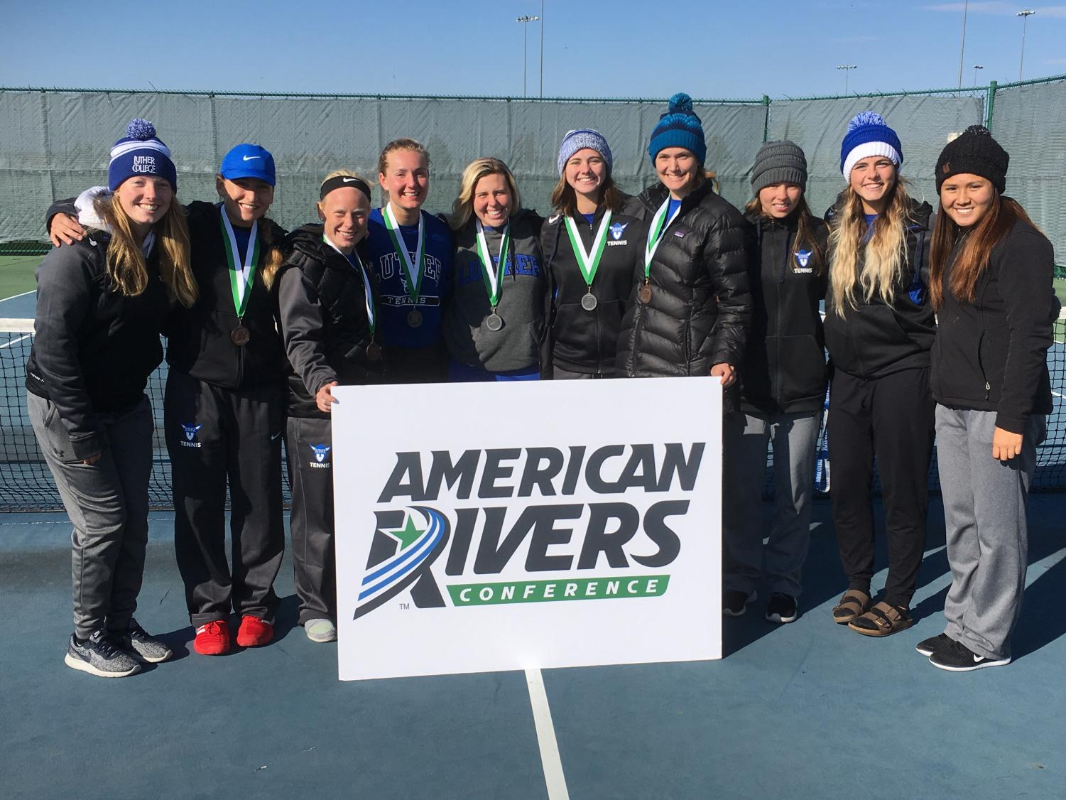 Luther Women's Tennis team celebrates a successful end to their fall season.