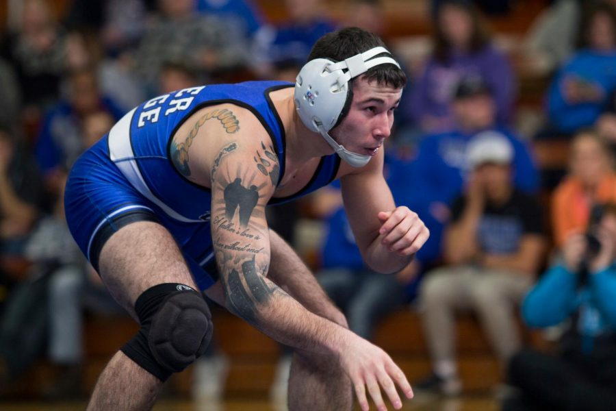 Gilbert Valadez ('19) competed in a match against Wartburg College last season on Jan. 13, 2018.