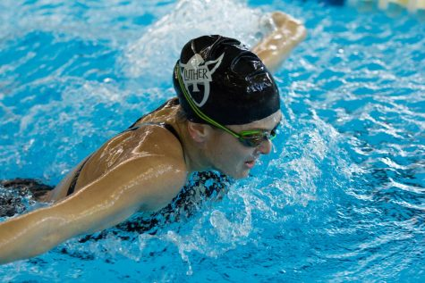Women's and Men's Swim and Dive hosts Luther Invitational