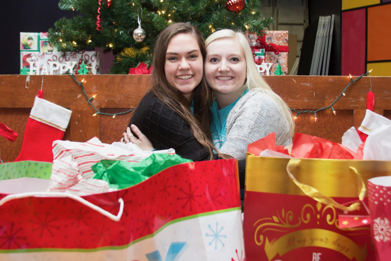 Taylor Fishwild ('20) and Jordanne Twig ('20) participated in Christmas Cheer.
