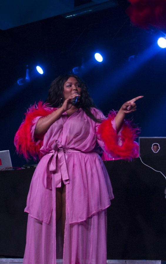 Lizzo+performed+a+censored+show+at+Luther+on+Sept.+28%2C+2018.