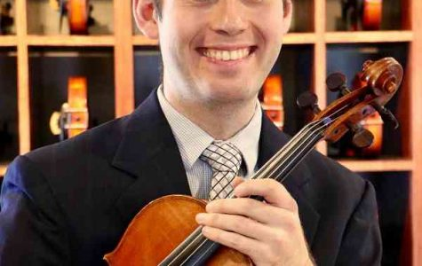 Tyler Hendrickson ('08) returned to Luther on Oct.1, for his guest recital.