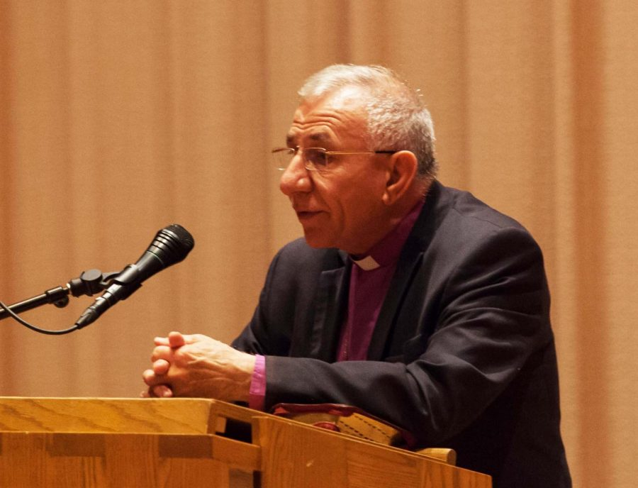 Bishop+Emeritus+Younan+gives+a+lecture+on+peacemaking+in+the+CFL+Recital+Hall+on+Sept.+26.