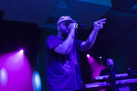 Quinn XCII performs at the fall concert