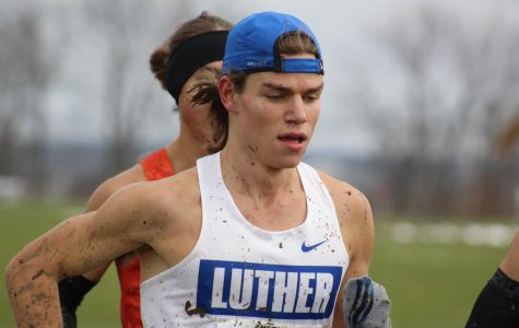 Luther Men's and Women's Cross Country place second at ARC Championships