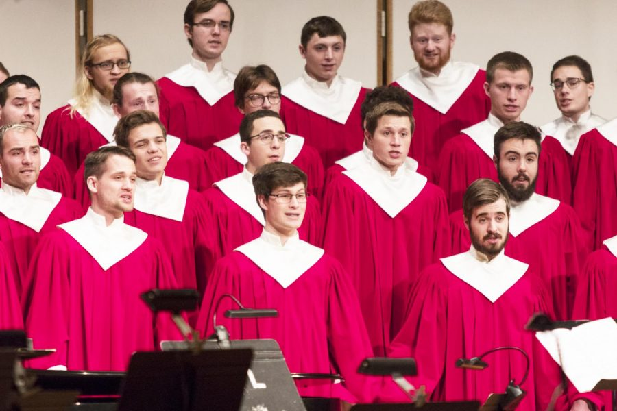 Colligate Choir sang at