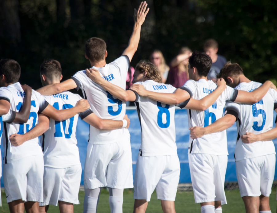 Men's and women's soccer beat St. Olaf
