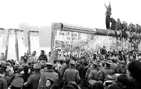 German department recognizes 30 years since fall of the Berlin Wall