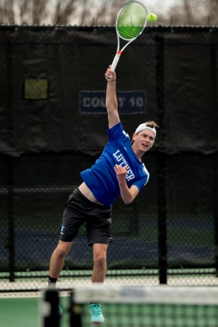 Men's Tennis Team loses three matches at Lake Geneva