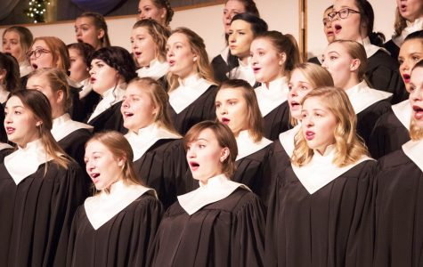 Aurora members sing at Christmas at Luther 2019: Whom Angels Greet with Anthem Sweet.