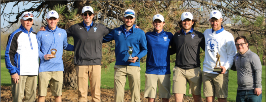 Members of Luther College men's golf team poses for a picture after their win, from left to right: Head Coach Scott Fjelstul ('83), Jay Fjelstul ('24), Brandon Dorans ('23), Carson Hagen ('21), Chris O'Brien ('24), Matias Parada ('22), Ben Phipps ('22), and John Fjelstul.