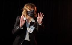 Lauren Fredrich ('22) performs a scene in the virtual show. Ian Wreisner ('22) | Chips